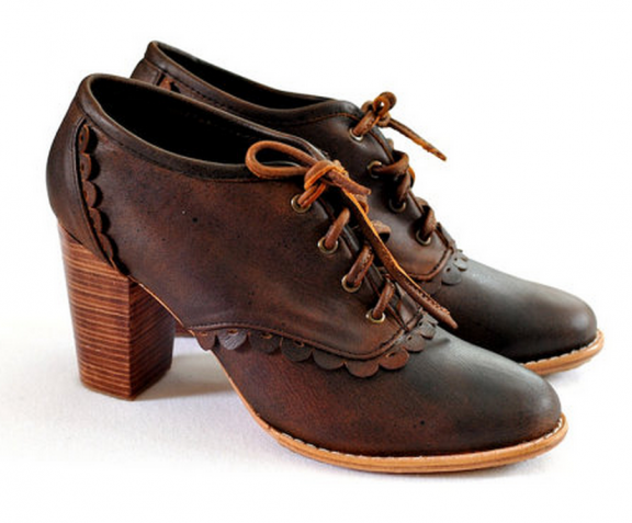 Leather Oxfords by ELF | www.gimmesomestyleblog.com #ff #fridayfavorites #shoes #oxfords #wear