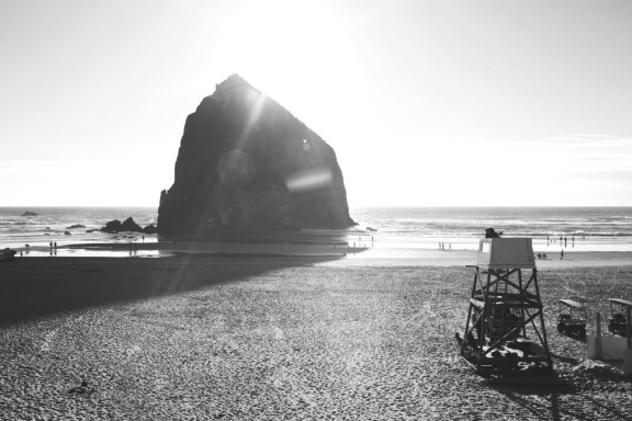 Cannon Beach, Oregon | www.gimmesomestyleblog.com #travel #beach #ocean