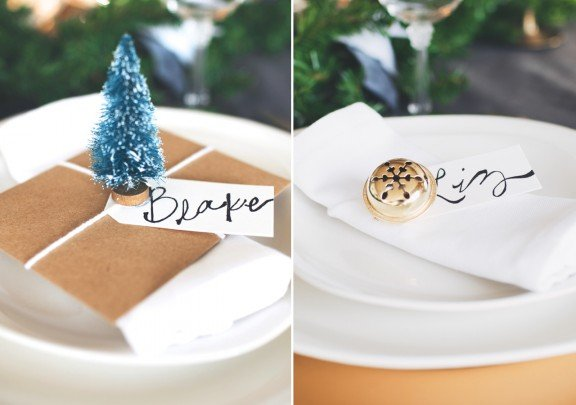 TWO DIY Christmas Place Cards | www.gimmesomeoven.com/style #christmas #tablesetting #holidaytablesetting #placecard