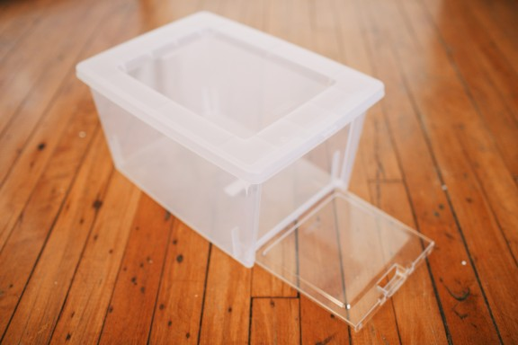 Three simple ways to get organized | www.gimmesomeoven.com/style #organize #DIY #rubbermaid #rubbermaidallaccess